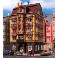 H0 Wohnhaus, Schlossallee 3. Vollmer 3813